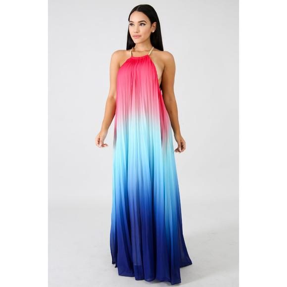 Dresses & Skirts - Boho Blue Ombre Pleated Backless Maxi Dress